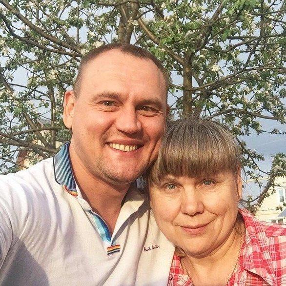 Степан Меньщиков с мамой