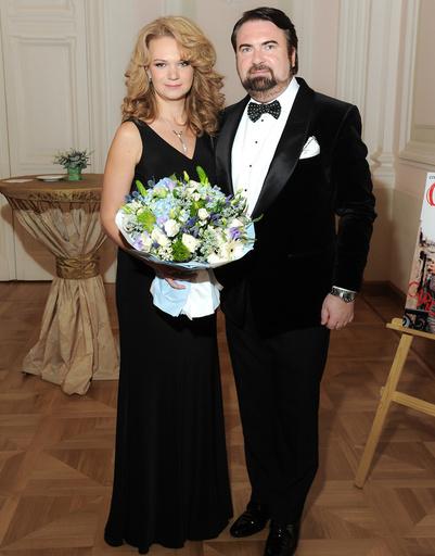 Марианна Пенькова (FiFi) и член жюри Михаил Щедрин (Л'Этуаль)