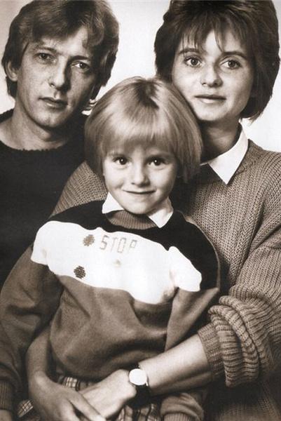 Юлия Волкова с родителями