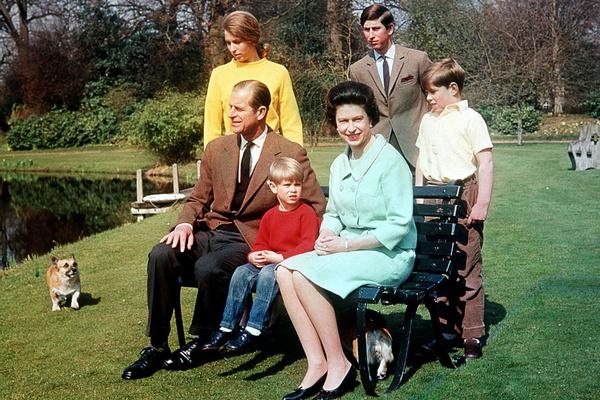 Пережить предательства и покушение: удивительная судьба единственной дочери Елизаветы II