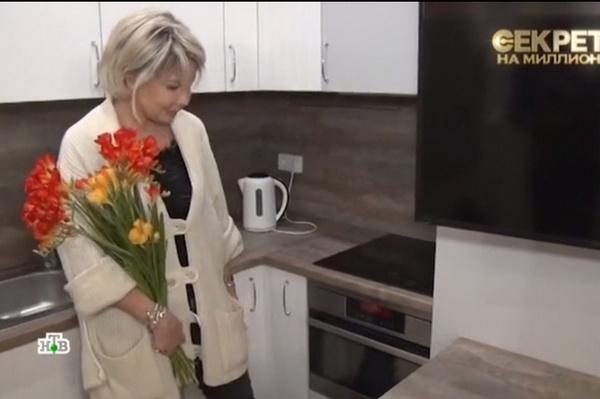 Татьяна Веденеева на кухне в рижской квартире