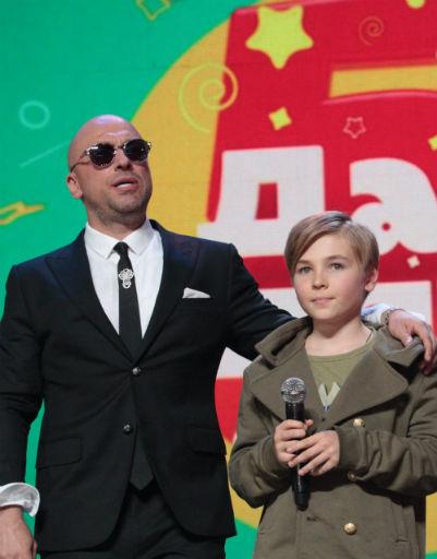 Дмитрий Нагиев поддерживал участников конкурса