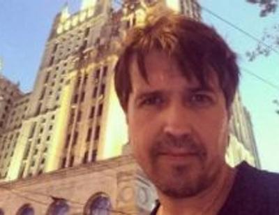 Денис Матросов показал подросшего сына