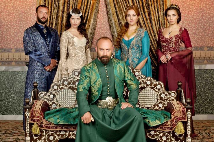 «Великолепный век» остается самым популярным сериалом Турции
