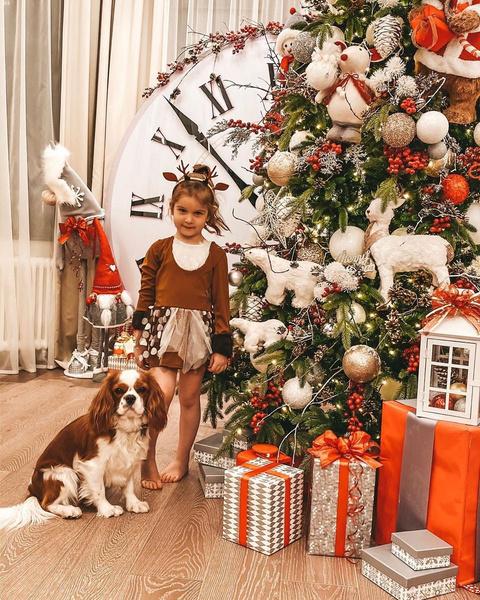 Дочь Ксении Бородиной осталась в восторге от елки и украшений