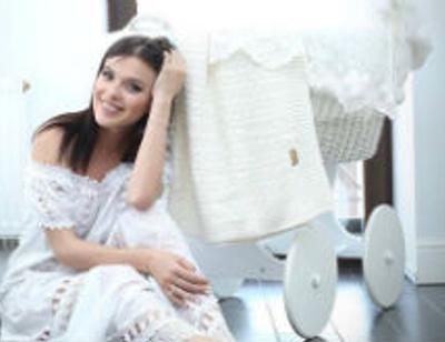 Лена Темникова раздает дорогостоящие вещи своей дочери