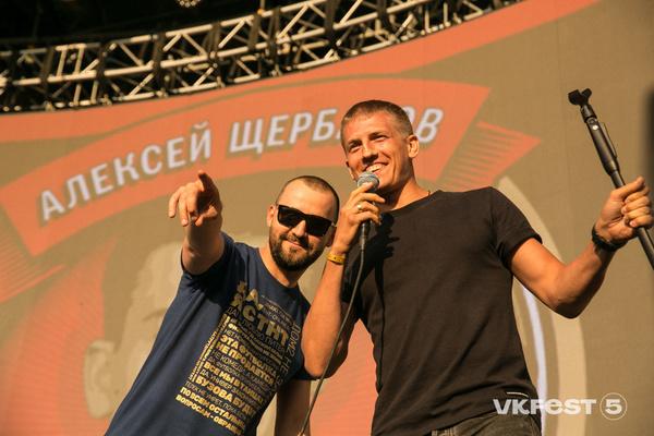 Звезды Comedy Club Руслан Белый и Алексей Щербаков