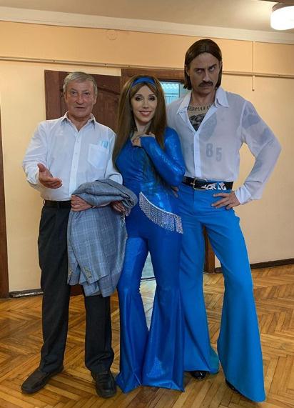 Елена Воробей перевоплотилась в солистку группы Little Big — фото