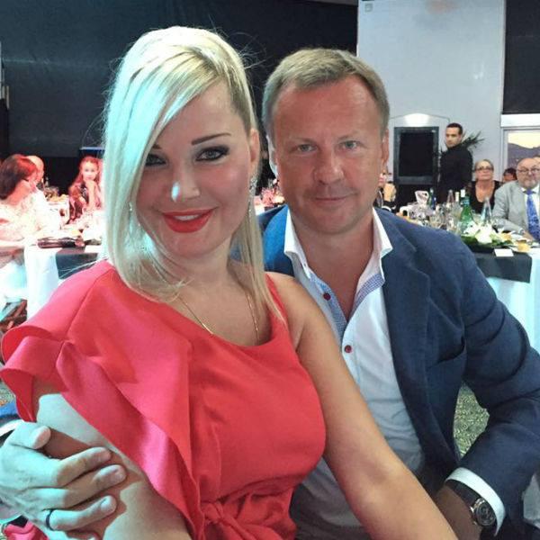 Максакова последовала за мужем в Киев, оставив в России двоих детей