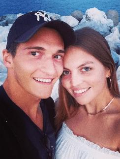 Матвей Лыков с супругой Джессикой