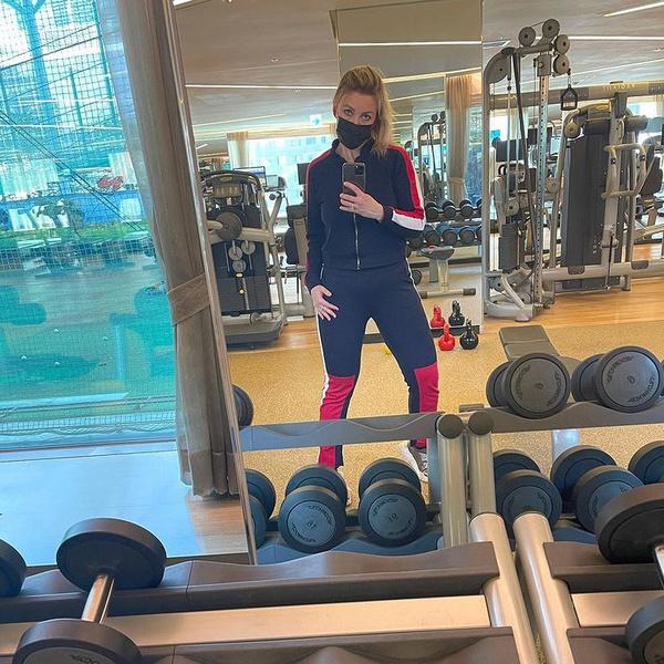 В свободное от работы время Мария любит проводить в спортзале