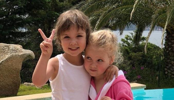 Близнецам Аллы Пугачевой и Максима Галкина 7 лет: как Лиза и Гарри поздравляли друг друга