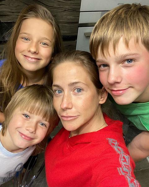 Барановская воспитывает детей от Аршавина