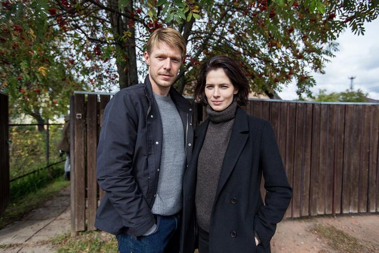 Главные роли в проекте исполнили Никита Ефремов и Юлия Снигирь.
