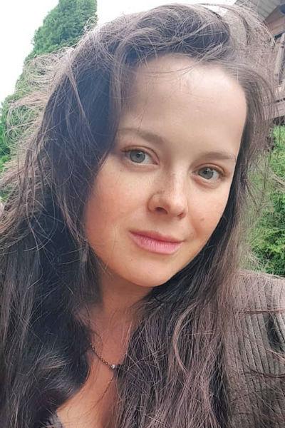 Помимо актерства Наталия успевает работать на телевидении и в качестве ведущей