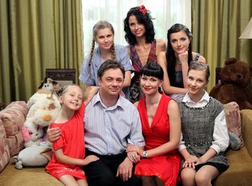 Угадай сериал: «Папины дочки» или «Моя прекрасная няня»?