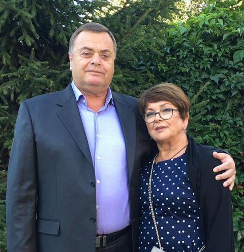 Родители Жанны — Владимир и Ольга