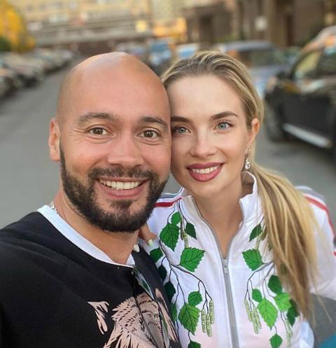Андрей Черкасов и его жена впервые увезли сына за границу