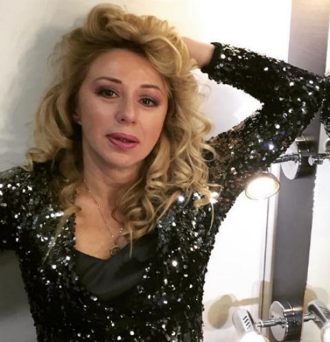 Алена Апина не боится раздеваться