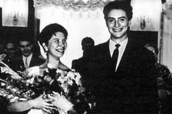Первый брак Смехова дал трещину