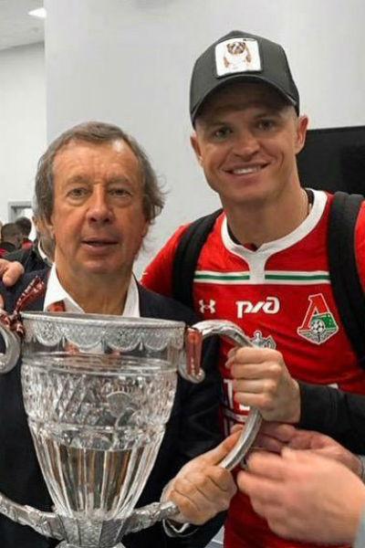 Дмитрий Тарасов с тренером Юрием Семиным