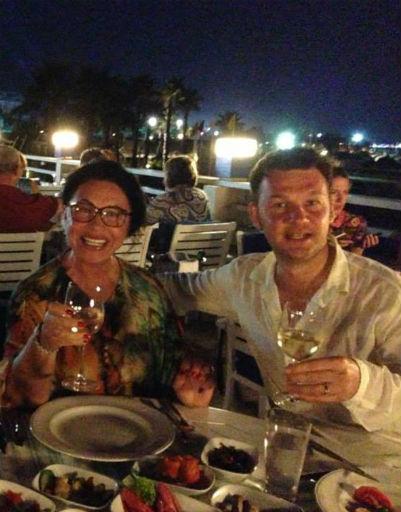 Вечера Бабкина, Собянин и Гречишникова коротали в местном ресторанчике