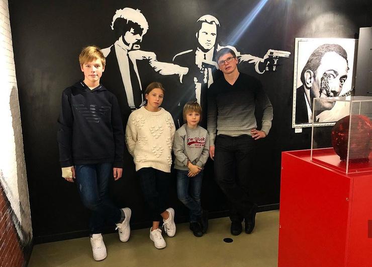 Андрей Аршавин хочет уменьшить размер алиментов на детей от Барановской
