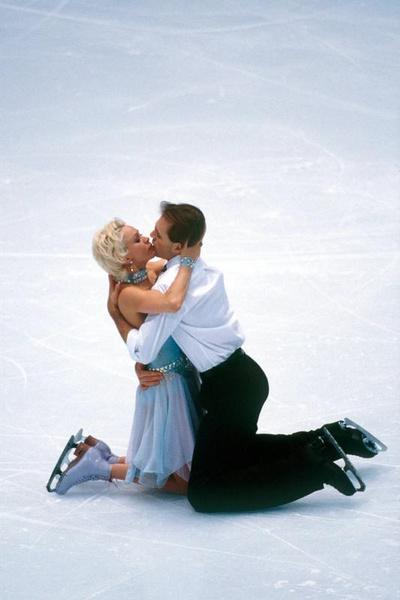 Грищук и Платов добились успеха на льду