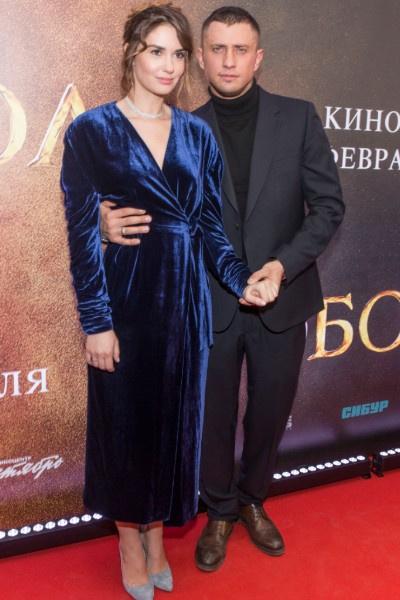 Агата Муцениеце борется за брак с Павлом Прилучным