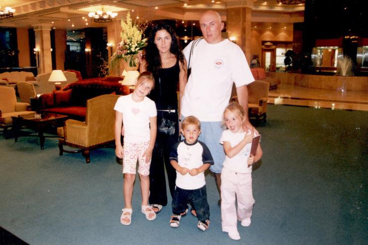 Анастасия Алексеева подарила продюсеру троих детей