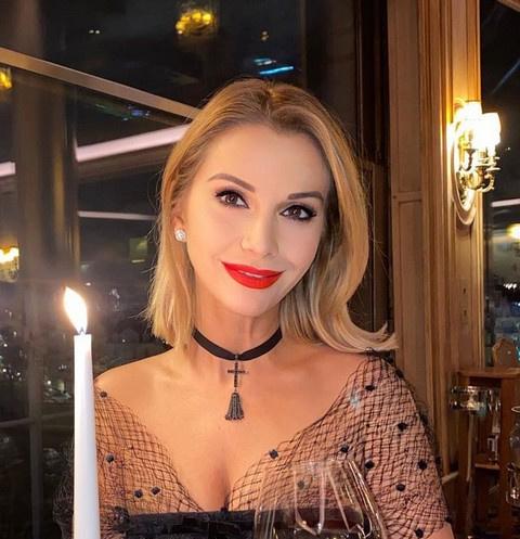 Ольга Орлова уехала в Париж с бойфрендом