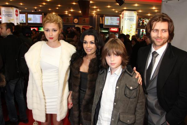 Петр Чернышев поладил с сыном и дочерью Анастасии