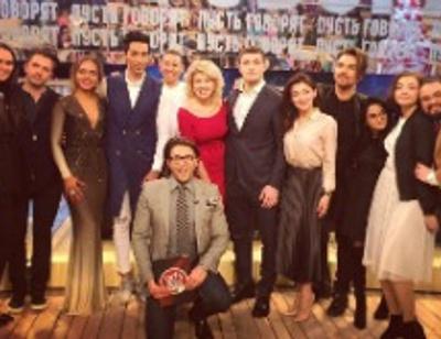 Полуфиналисты «Голоса» открыли свои тайны в программе «Пусть говорят»