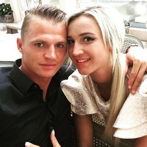 В июне 2012 года Дмитрий Тарасов женился на Ольге Бузовой
