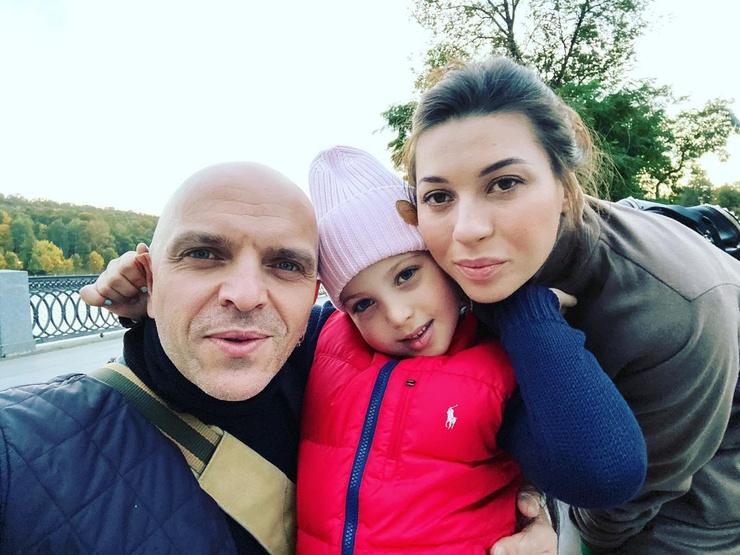 Наталья Шоуа замужем девять лет