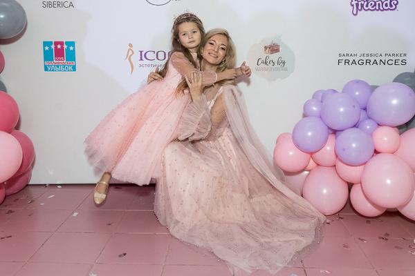 Мария Скворцова с дочкой