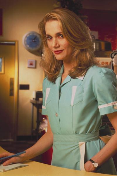 В «Твин Пикс» Пегги Липтон исполнила роль владелицы закусочной Нормы