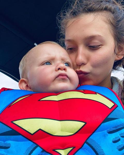 Регина Тодоренко призналась, что стыдилась Влада Топалова во время родов