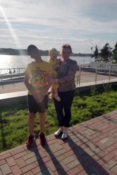 Юлия воспитывает детей без мужа