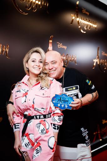 Доминик Джокер с женой