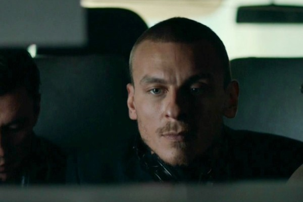 Актер часто играет в криминальных драмах