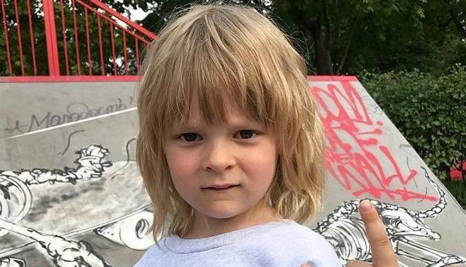 Сын Яны Рудковской и Евгения Плющенко не будет ходить в школу
