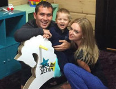 Новая жена Александра Кержакова сблизилась с его сыном