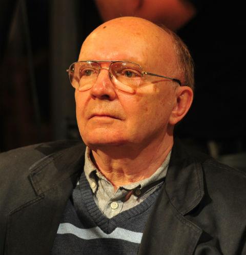 Андрей Мягков попал в больницу