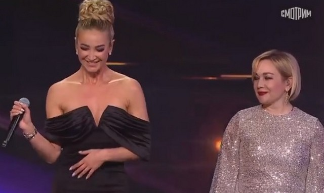 Ольга Бузова спела хит «Сильная женщина» с Татьяной Булановой
