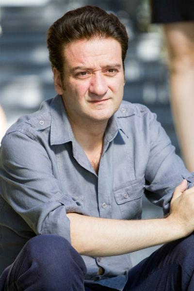 Сергей особенно силен в комедийных и мелодраматических ролях