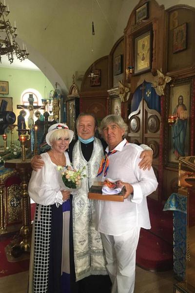 Юрий Фирсов и Валентина Легкоступова обвенчались в июле