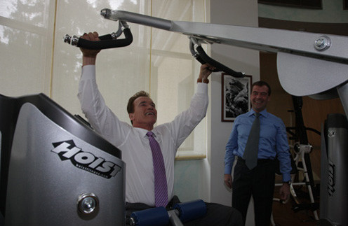 11 октября 2010 года: «С @Schwarzenegger говорили не только об инвестициях, но и о спорте».