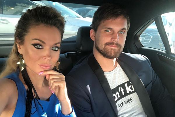 Таня с любимым мужчиной Олегом