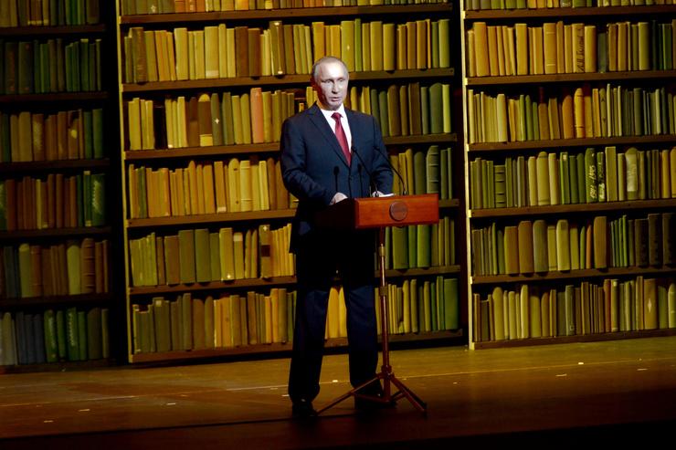 Владимир Путин готов слушать конструктивную критику и решать спортивные вопросы